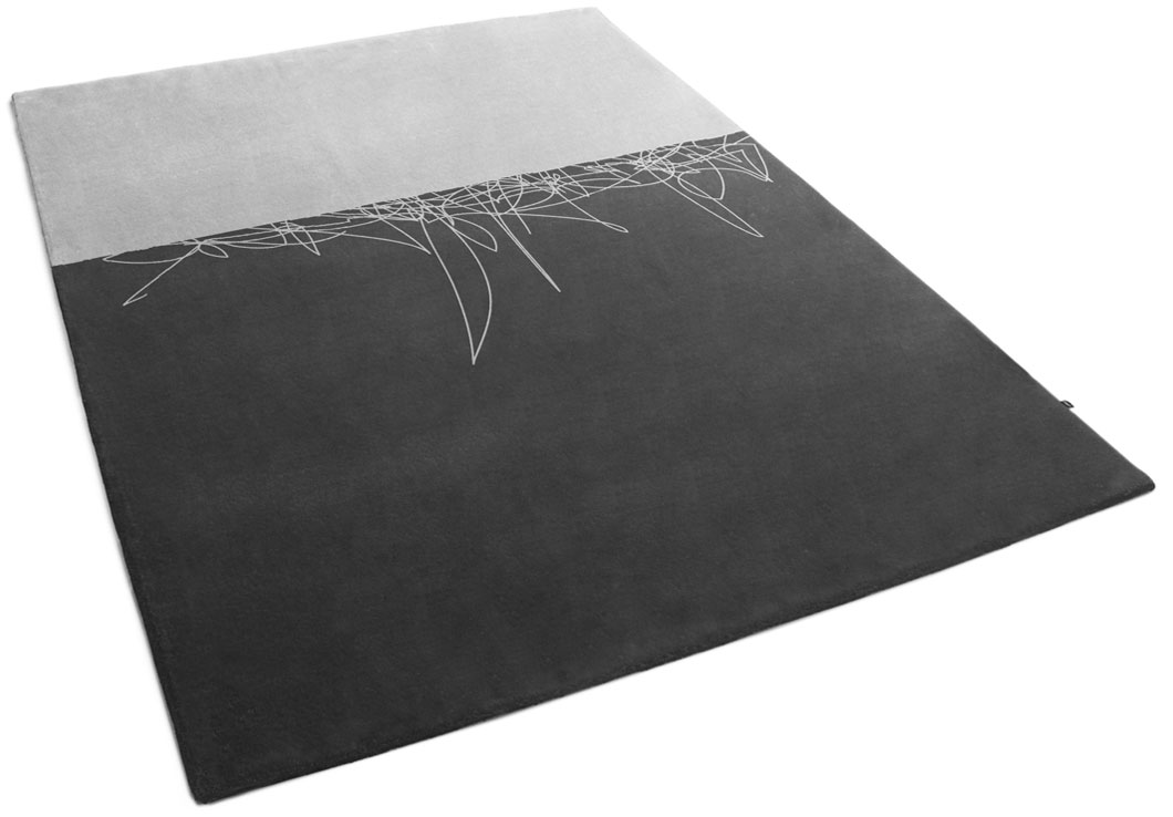 Two-Color Rug with a Hand-Drawn Abstract Line | Olave | Urba Rugs