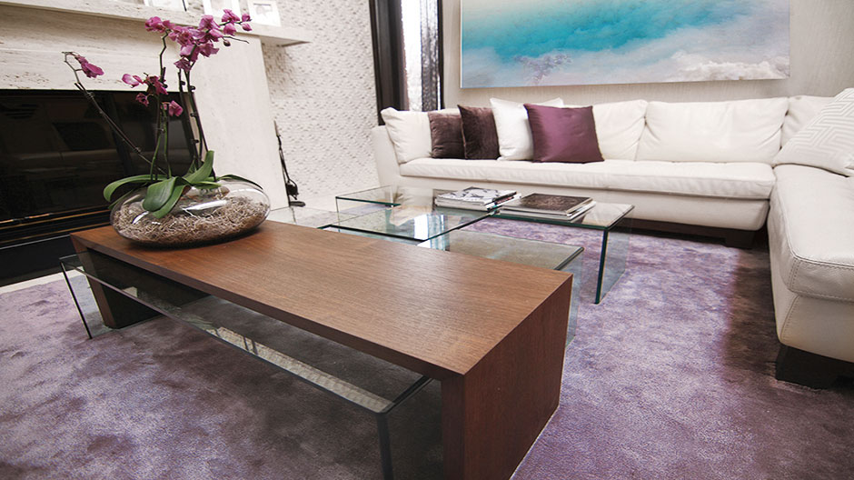 Metallic Rug in Purple in a Luxurious Living Room | Huge Custom Rug | Urba Rugs