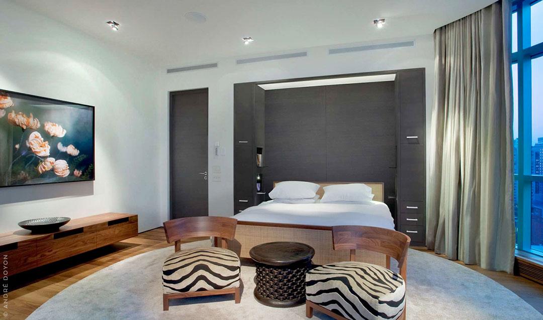 Round Bedroom Rug in Beige Cream Color | Large Custom Rug | Urba Rugs Canada