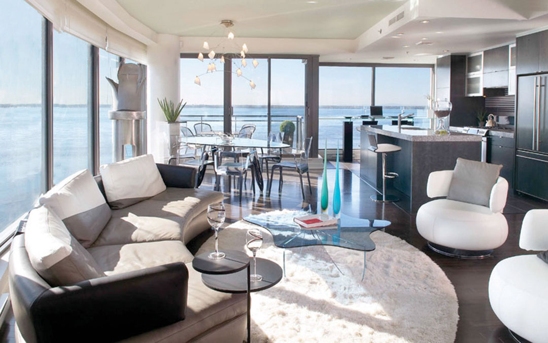 White Shaggy Rug for a Modern Living Room | Custom Rug Montreal | Urba Rugs