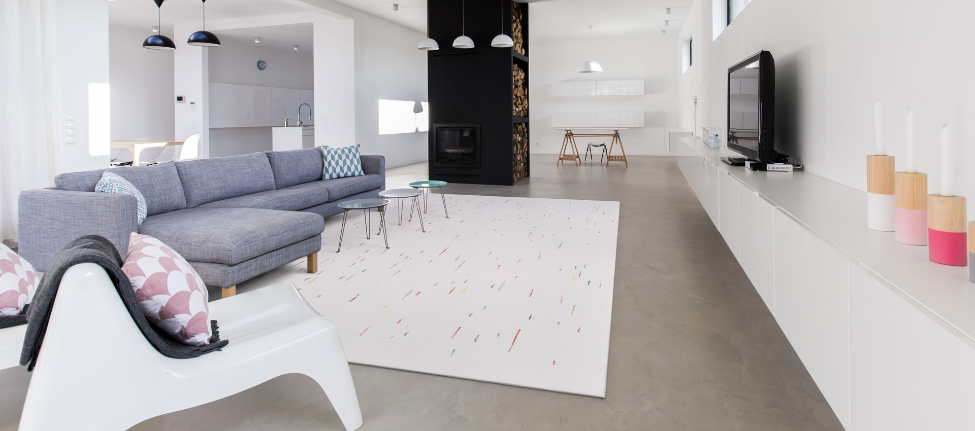 Modern Rug with Multicoloured Dashes in a Contemporary Living Room | Louisa | Urba Rugs