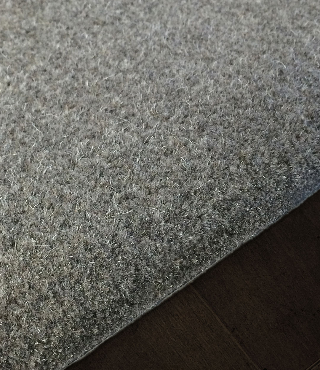 Gray Area Rug in Natural Wool fiber | Custom Rugs | Urba Rugs Canada